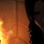 Im Feuerschein...